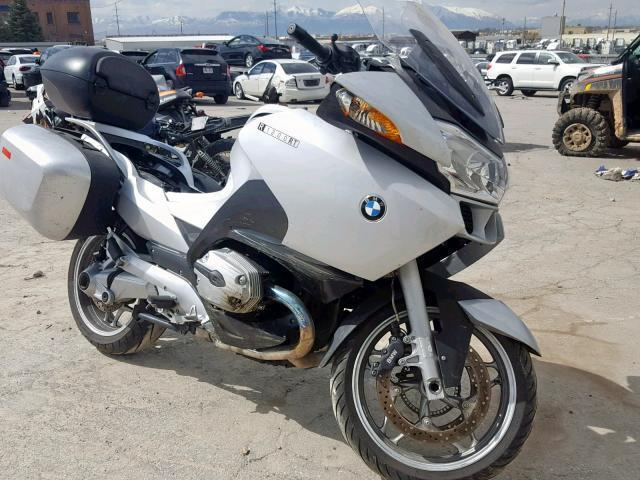 Salvage Motorcycle Bmw R1200rt 2008 Silver For Sale In North Salt