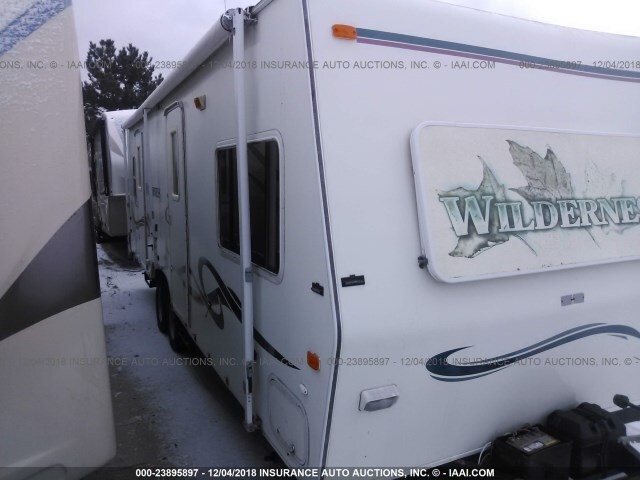 Salvage RV Fleetwood Wilderness 1999 for sale in Wheeling IL