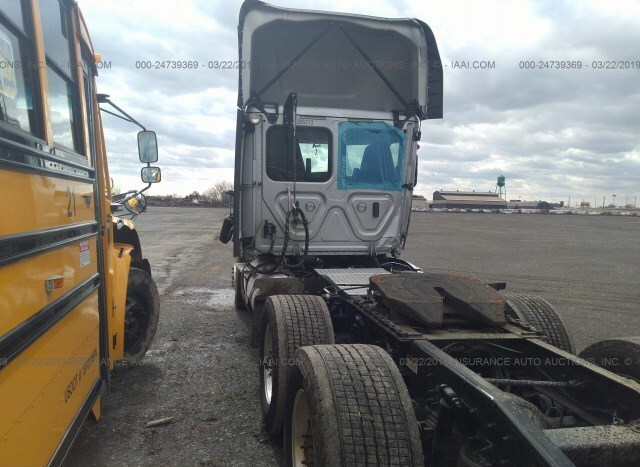 Freightliner Cascadia 113 for Sale