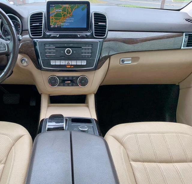 Salvage Car Mercedes-Benz Gle-Class 2016 White For Sale In