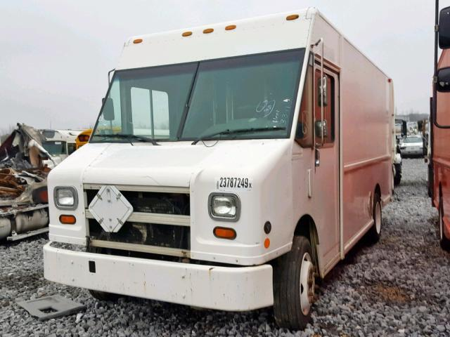 Used Truck Freightliner Mt45 Chassis 2000 White For Sale In Memphis