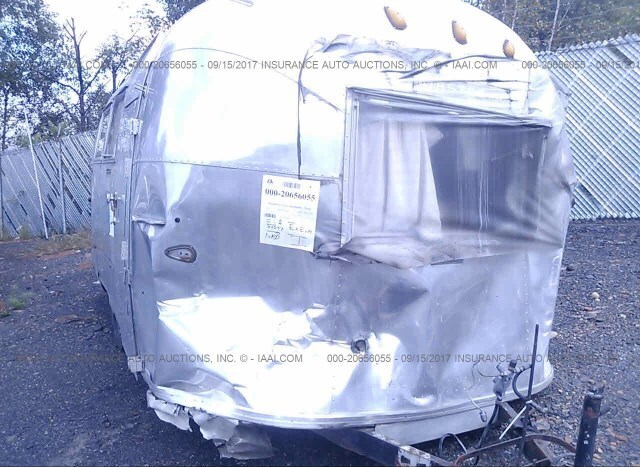 Salvage RV Airstream Globe Trotter 1963 Silver for sale in