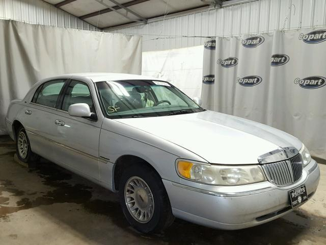 Auction Ended Salvage Car Lincoln Town Car 1999 Silver Is Sold In