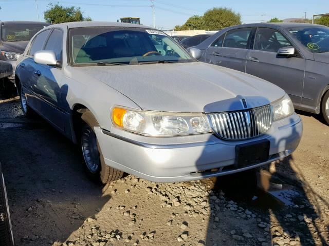 Used Car Lincoln Town Car 2001 Silver For Sale In San Diego Ca
