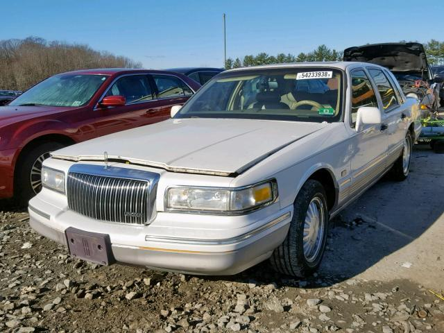 Used Car Lincoln Town Car 1997 White For Sale In Windsor Nj Online