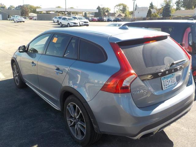 Volvo V60 Cross Country for Sale