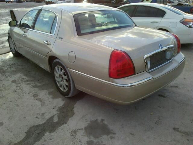 Salvage Car Lincoln Town Car 2007 Gold For Sale In Montgomery Al