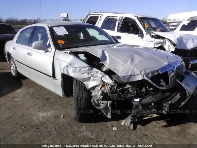 Salvage Car Lincoln Town Car 2006 Cream For Sale In Oklahoma City Ok
