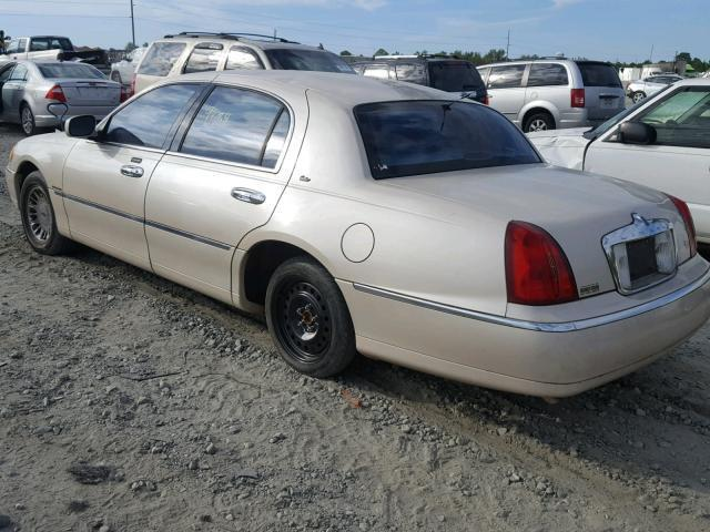 Salvage Car Lincoln Town Car 2000 Cream For Sale In Tifton Ga Online