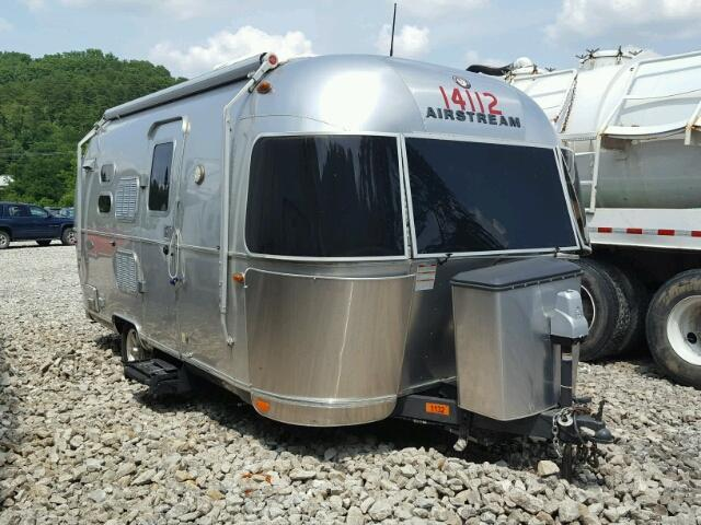2016 AIRSTREAM FLYING CLO