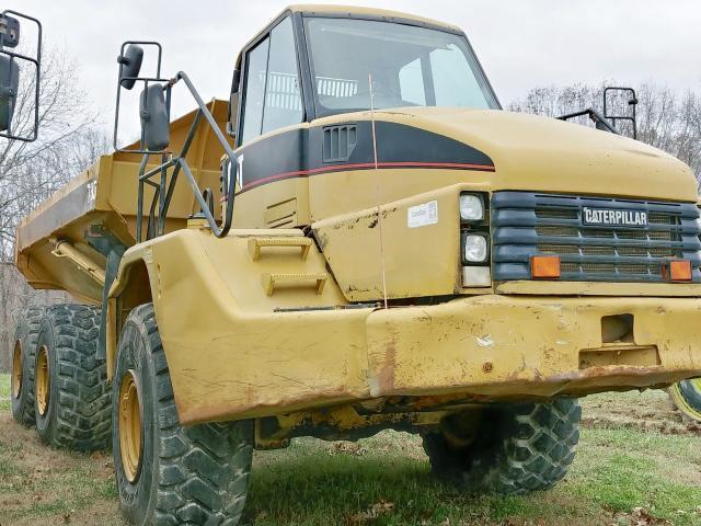 2005 CATERPILLAR 735