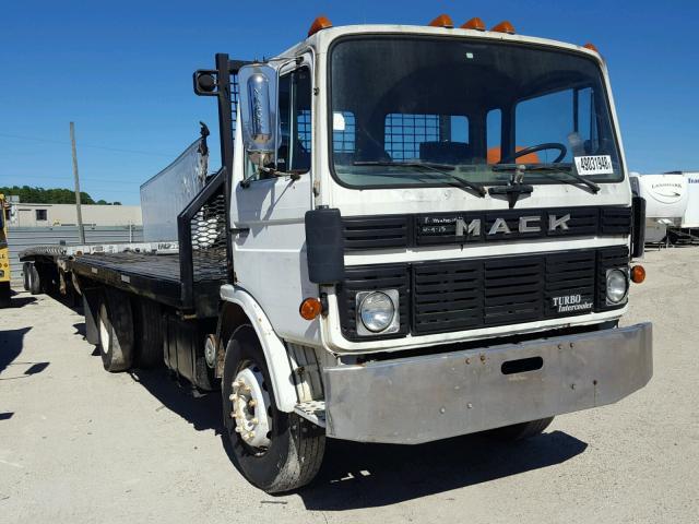 1990 MACK MS200P