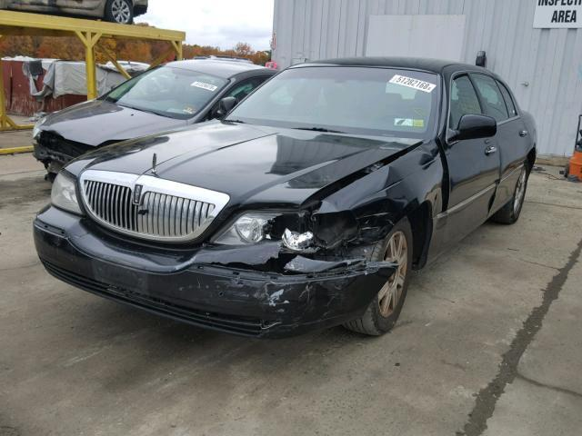 Salvage Car Lincoln Town Car 2011 Black For Sale In Windsor Nj