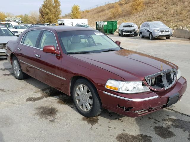 Salvage Car Lincoln Town Car 2003 Maroon For Sale In Littleton Co