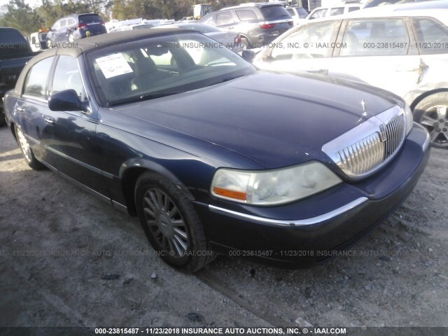 Salvage Car Lincoln Town Car 2004 Blue For Sale In Castle Hayne Nc