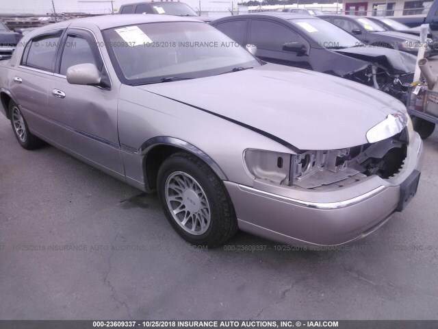 Salvage Car Lincoln Town Car 2000 Gray For Sale In Columbia Sc
