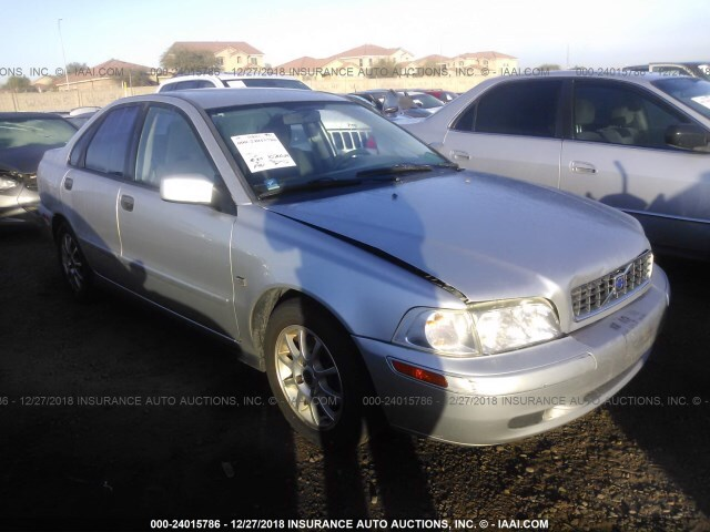Salvage Car Volvo S40 2004 Silver For Sale In Phoenix Az Online