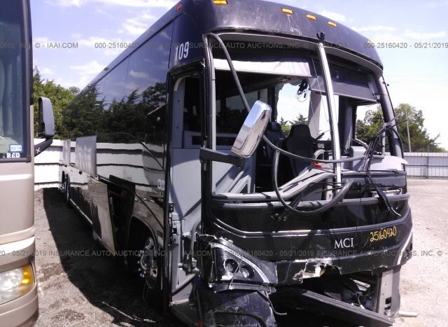 Salvage Bus Mci J4500 2017 Black for sale in Wilmer TX
