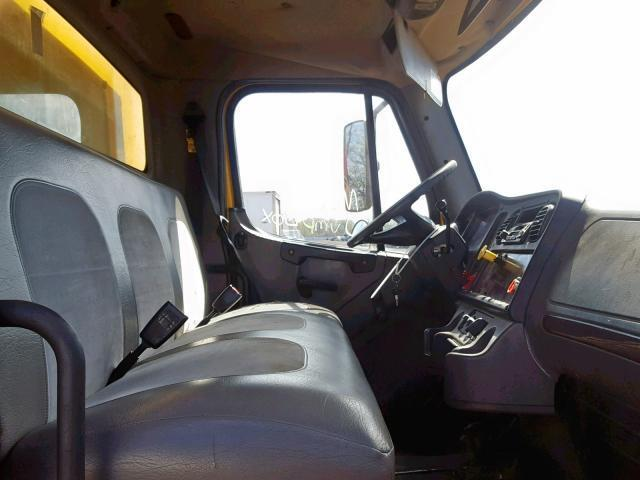 Used Truck Freightliner M2 106 Medium Duty 2005 Yellow for sale in