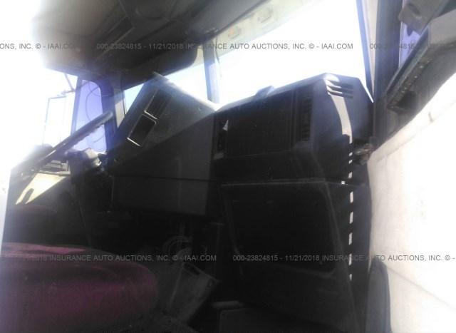 Freightliner Fld120 for Sale