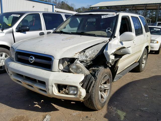 Salvage Car Nissan Pathfinder 2004 White for sale in AUSTELL