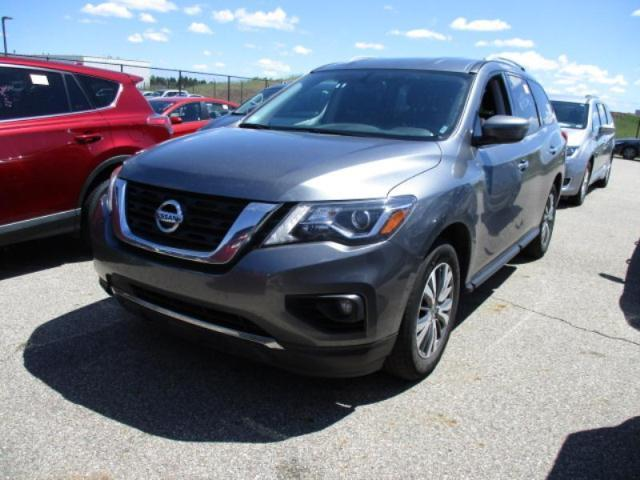 Used Car Nissan Pathfinder 2018 Grey for sale in online