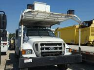 2004 FORD F-750