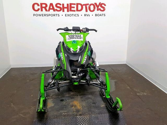 Salvage Snowmobile Arct Snowmobile 2015 Green for sale in
