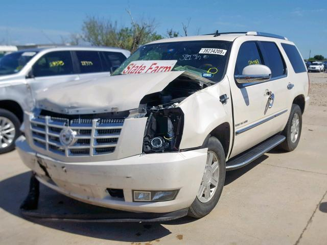 Salvage Car Cadillac Escalade 2010 White for sale in GRAND