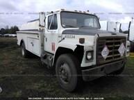 1981 INTERNATIONAL TANK TRUCK