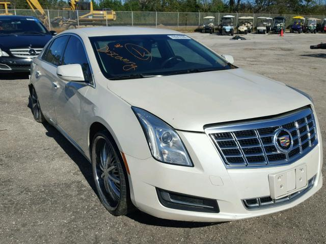 Salvage Car Cadillac Xts 2013 White for sale in DUNN NC
