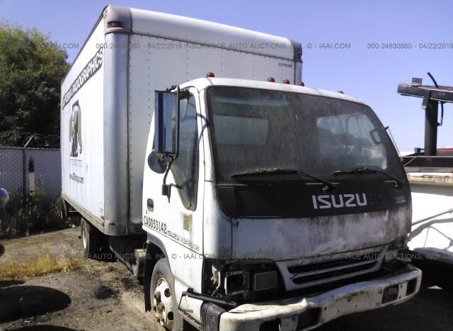 Used Truck Isuzu Npr 2000 White for sale in Fresno CA online